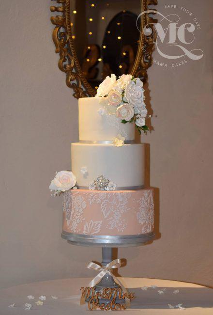 Sugar Lace Wedding Cake by Mama Cakes