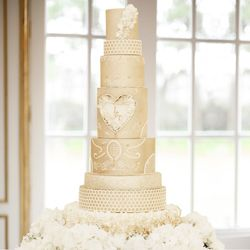Eight tiers wedding cake by Mama Cakes Cumbria
